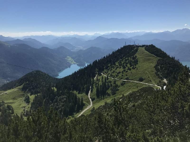 Herzogstand - der Bekannteste der Walchensee Berge mit der Jachenau und dem Isarwinkel