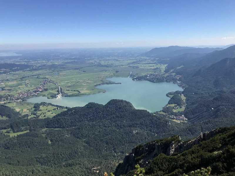 See in Bayern - der Kochelsee von der Herzogstand Wanderung gesehen