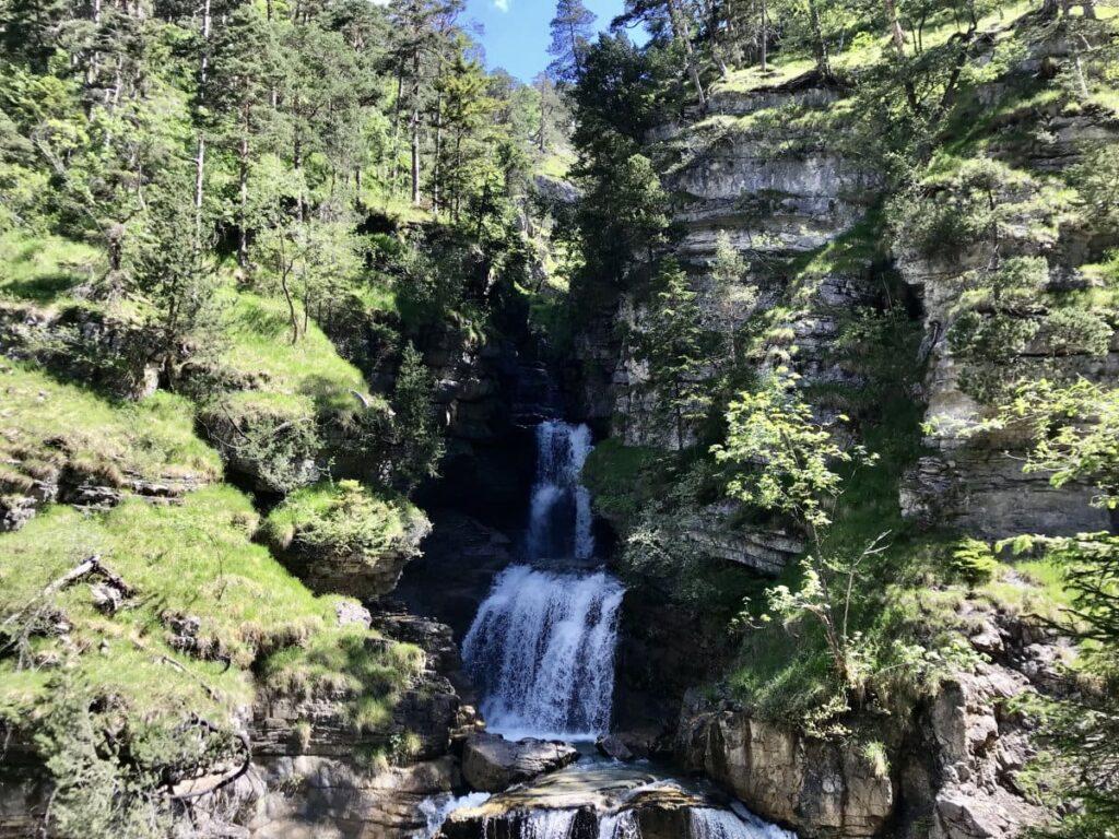 Geheimtipp auf der Liste für die schönsten Orte in Deutschland - Kuhflucht Wasserfälle bei Garmisch Partenkirchen